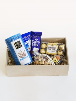 Snack & Gift Hampers: D'licious in Blue Gift Box